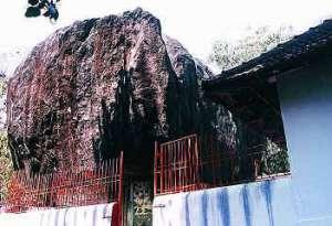 Rock Cut Cave Temple - Kallil Bhagavathy Temple
