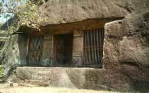 Rock cut cave temple - Kaviyoor Thrikkakkudi Cave Temple